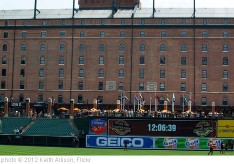 'Oriole Park at Camden Yards' photo (c) 2012, Keith Allison - license: http://creativecommons.org/licenses/by-sa/2.0/