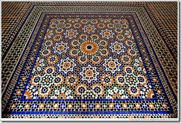 marrakech-bahia-palace-floor-near-la-petite-cour-large
