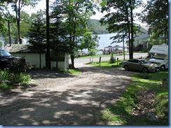 6989 Doe Lake Campground Rizzort - walk to Doe Lake