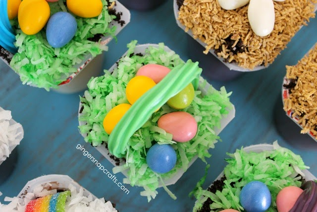 Easter snack cups with pudding