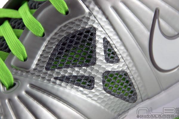 Nike LeBron 8 PS 8211 Post Season 8211 Dunkman Showcase