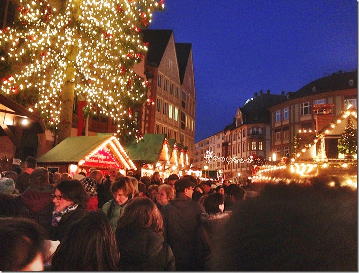 Germany - Frankfurt Frankfurter Romer Christmas Night Market