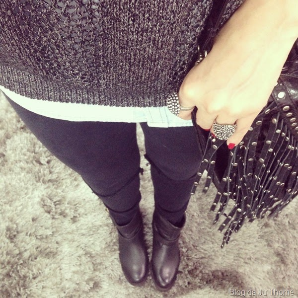 look jeans rasgado, camisa jeans e tricô (1)