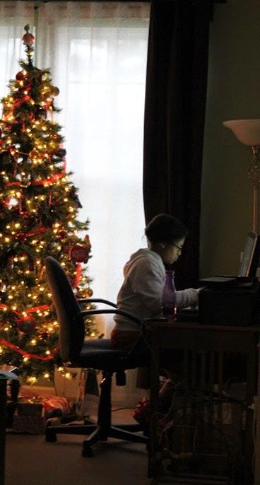 GS Christmas Caroling 012