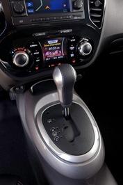 2013-Nissan-Juke-shifter