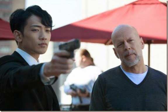 rain and bruce willis THE PRINCE(1)