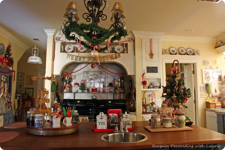 Christmas in Kitchen