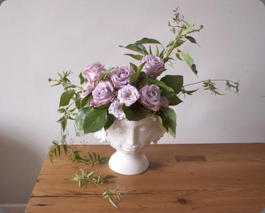 head vase Prada.1 areil deadie