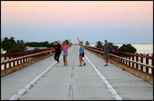 09a2 - early morning 7 mile bridge walk