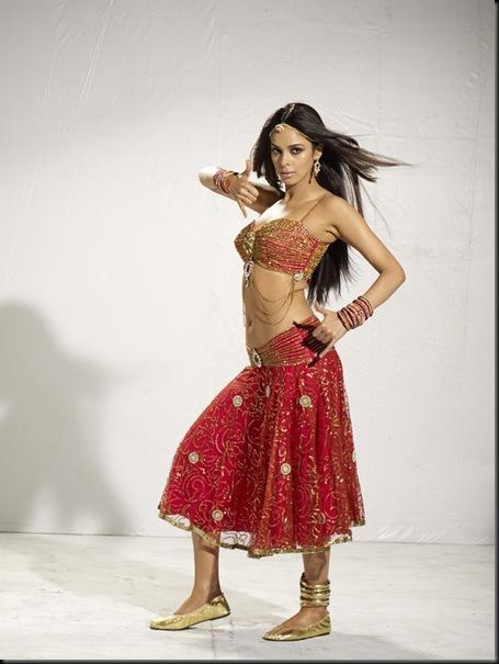Malika Sherawat munni song stills osthi1