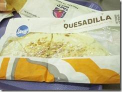 taco bell quesadilla, 240baon
