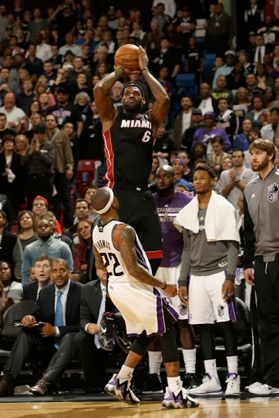 lebron james nba 131227 mia at sac 16 James Takes Flight in Sacramento in new Nike LeBron 11 Away PEs