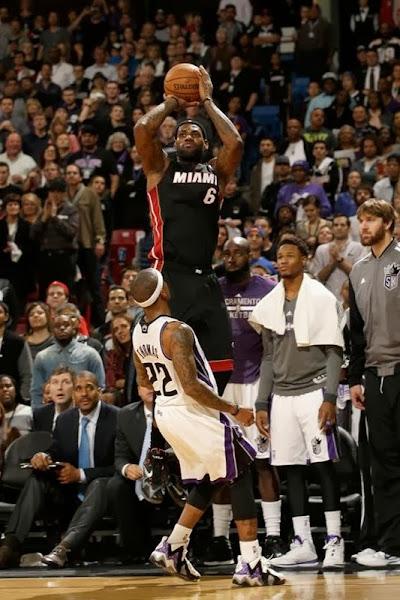 lebron james nba 131227 mia at sac 16 James Takes Flight in Sacramento in new Nike LeBron 11 Away PEs