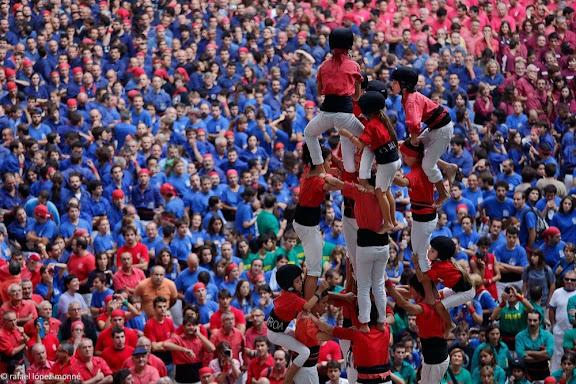Quatre de vuit. Castellers de Barcelona. XXIVè Concurs de Castells de Tarragona. Tarraco Arena Plaça. Tarragona, Tarragonès, Tarragona