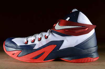 nike zoom soldier 8 gr usa basketball 2 05 Release Reminder: Nike Zoom LeBron Soldier 8 USA Basketball
