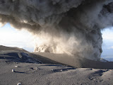 Semeru eruption (Wolfgang Piecha, June 2007)