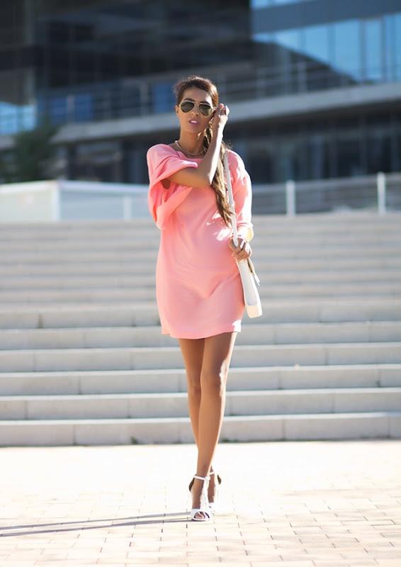 Pink dress street style 6