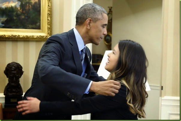 barack-obama-hugs-nina-pham