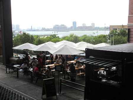 Things to do in New York: Have a beer on a High Line terrace