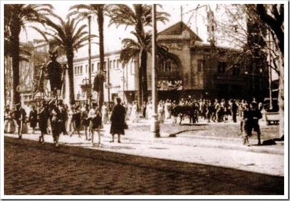 cine coliseum 1945