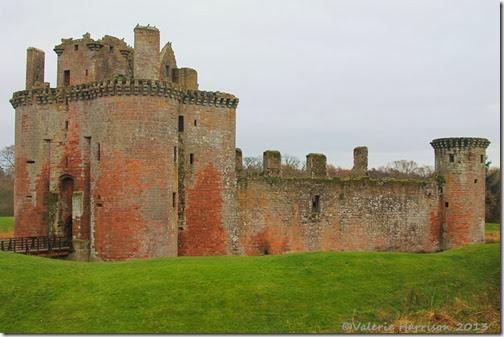 32-Caerlaverock-Castle