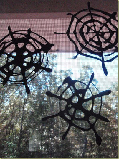 halloween crafts: spider web window clings