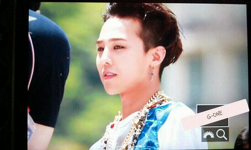 G-Dragon - Hite - 2014 - Ocean World - 04jul2014 - Fansite - G-One - 02.jpg