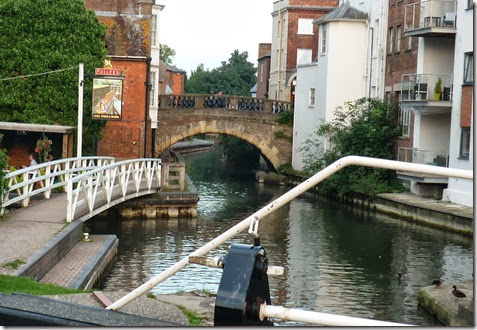 newbury lock and bridge