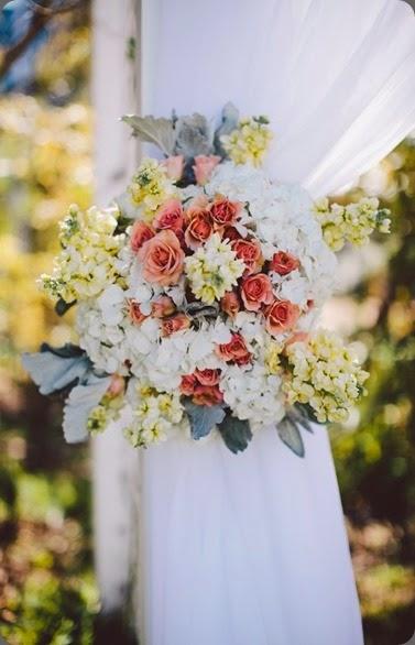 floral tie backs 41-466x700 stems austin and  Jenny Futography