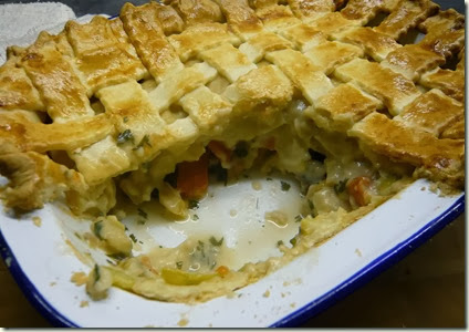 PORK AND LEEK LATTICE PIE5