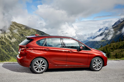 BMW-2-Series-Active-Tourer-02.jpg