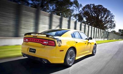 2012-Dodge-Super-Bee