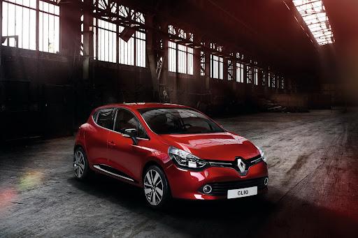 2013-Renault-Clio-Mk4-10.jpg