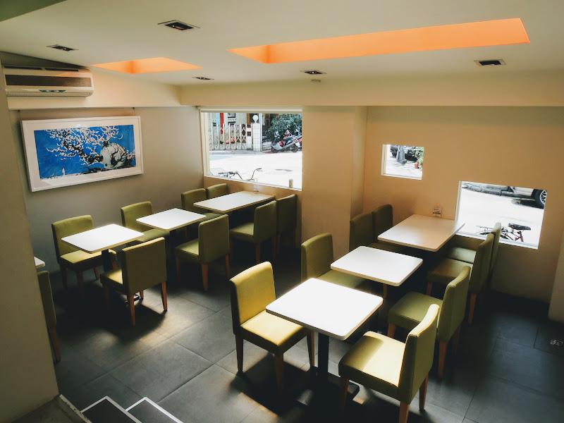 Okey Dokey Gallery & Cafe 較裡面的座位.jpg