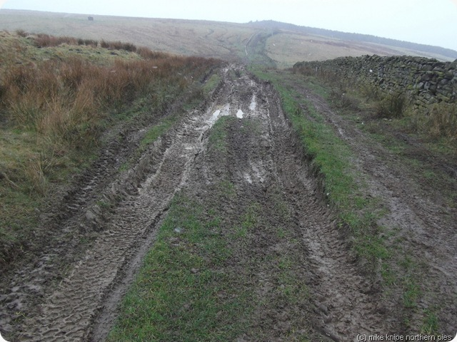 4x4 path churning