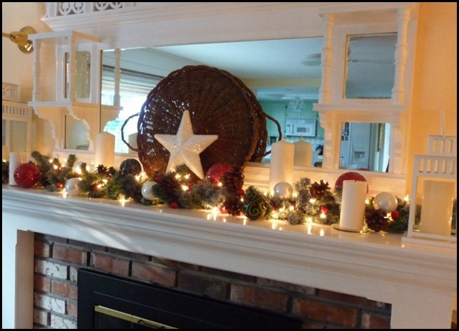 Chritstmas mantel trial 014 (800x576)