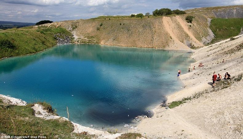 harpur-hill-blue-lagoon-4