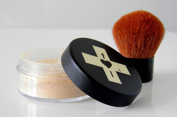 freak laboratory mineral foundation