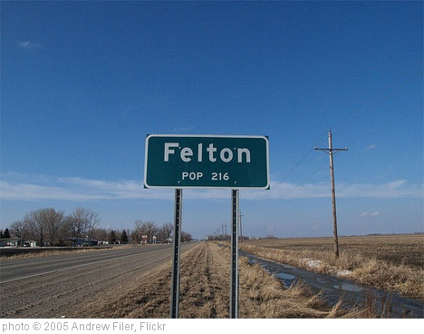 'Felton, Minnesota' photo (c) 2005, Andrew Filer - license: http://creativecommons.org/licenses/by-sa/2.0/