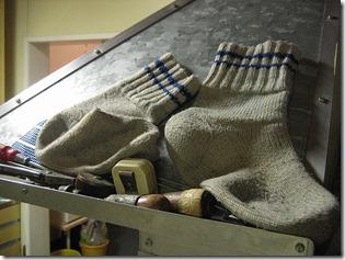 Woolen_socks_drying