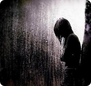 llorando bajo la lluvia