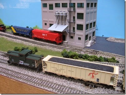 IMG_6080 LK&R Layout at the Three Rivers Mall in Kelso, Washington on April 14, 2007