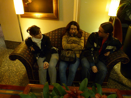 Ajunsi in Canada: Ana Smadeanu, Mirabela Tiron si Gabi Barliga