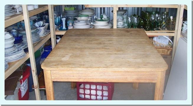 dish & Linen storage 066-tile