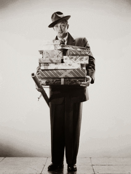 Robert Mitchum wants you to have A Very Merry Christmas