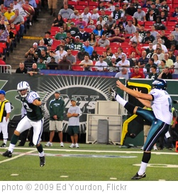 'Football: Jets-v-Eagles, Sep 2009 - 06' photo (c) 2009, Ed Yourdon - license: http://creativecommons.org/licenses/by-sa/2.0/