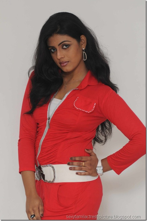 Actress_Iniya_Hot_Photo_Shoot_Stills_05
