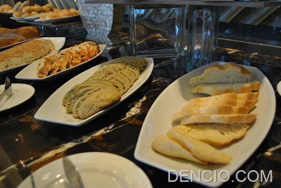 Cafe Eight Buffet Crimson Hotel Manila 04