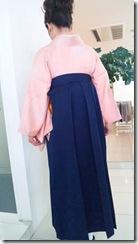 中学校の卒業式に袴で (1)