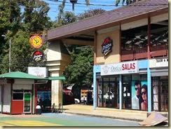 20140309_Pizza Hut in Puerto Limon (Small)